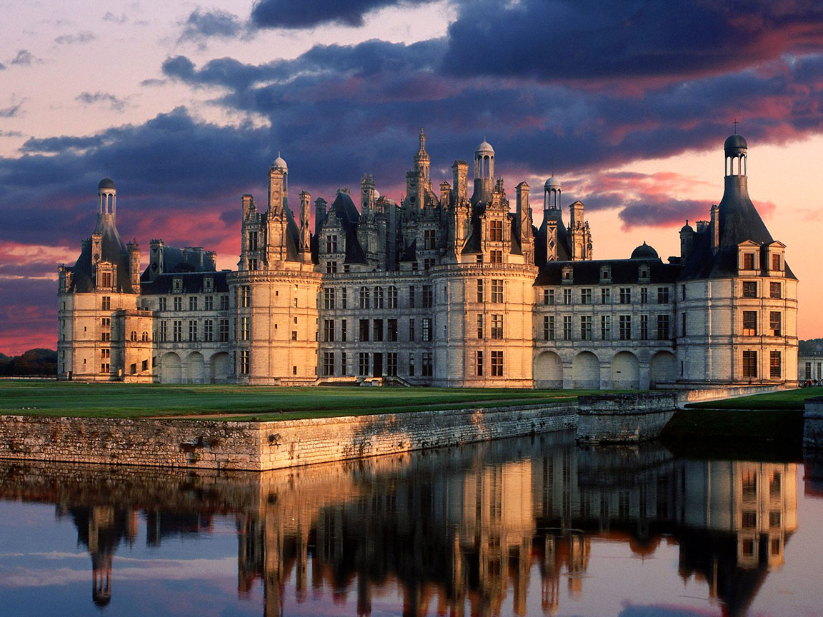 10 Most Astonishing CASTLEs in France