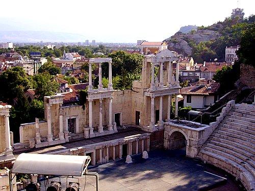 http://www.travelvivi.com/wp-content/uploads/2009/12/Plovdiv-Bulgaria.jpg