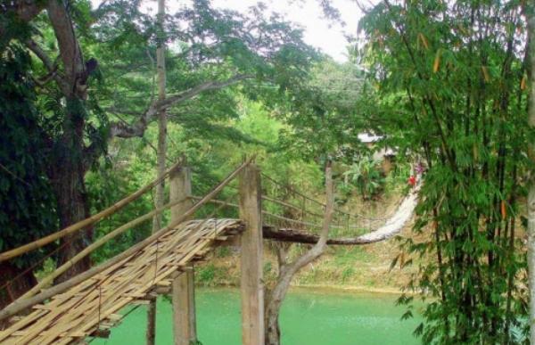 top 10 most dangerous bridges worldwide travelvivi