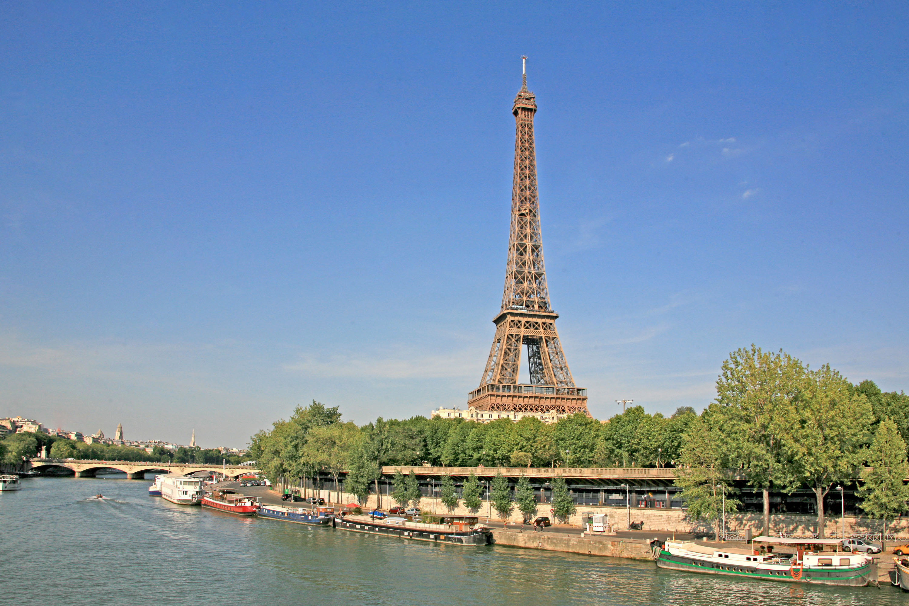 Eiffel Tower – Masterpiece Of Its Kind
