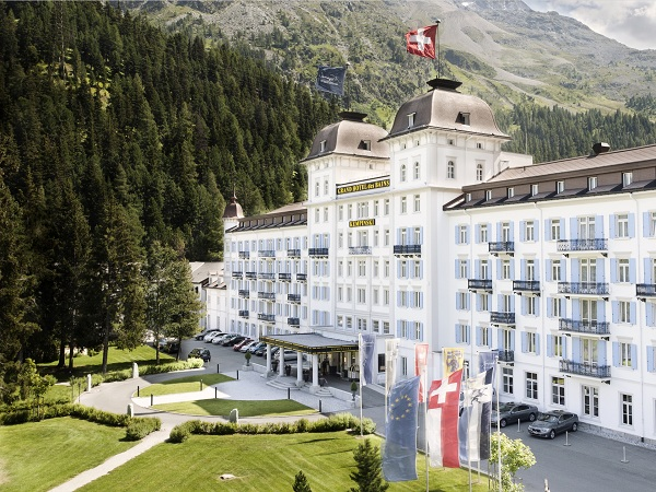 Switzerland the world most beautiful place hotels in for Hotel des bain