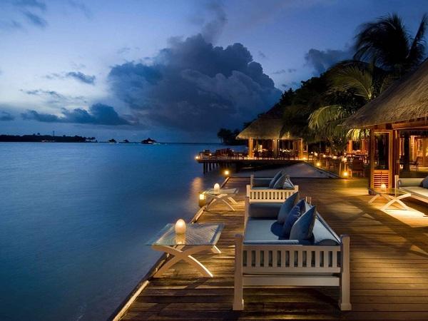 Conrad hilton maldives resort for Hilton hotels in maldives