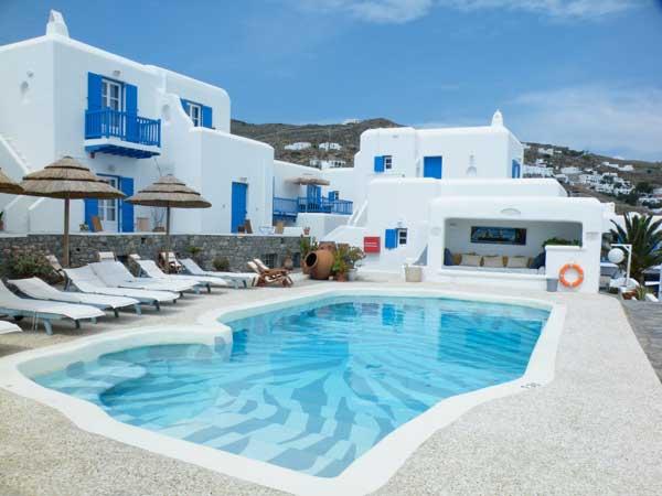 Enjoy A Luxury Stay At Grace Santorini Hotel Greece