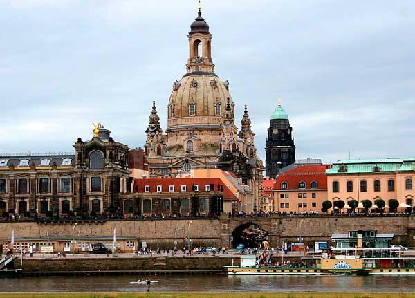 best cities in germany munich frankfurt hamburg dresden. Black Bedroom Furniture Sets. Home Design Ideas