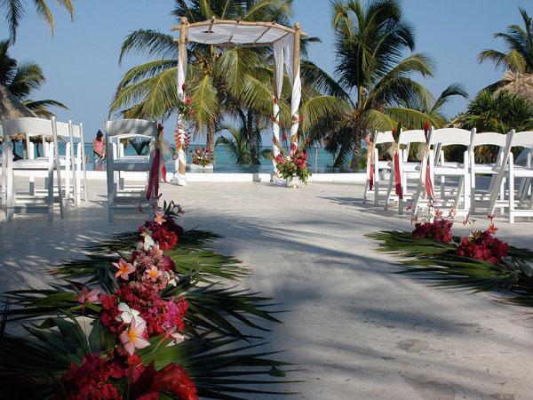 Coco Plum Island Resort